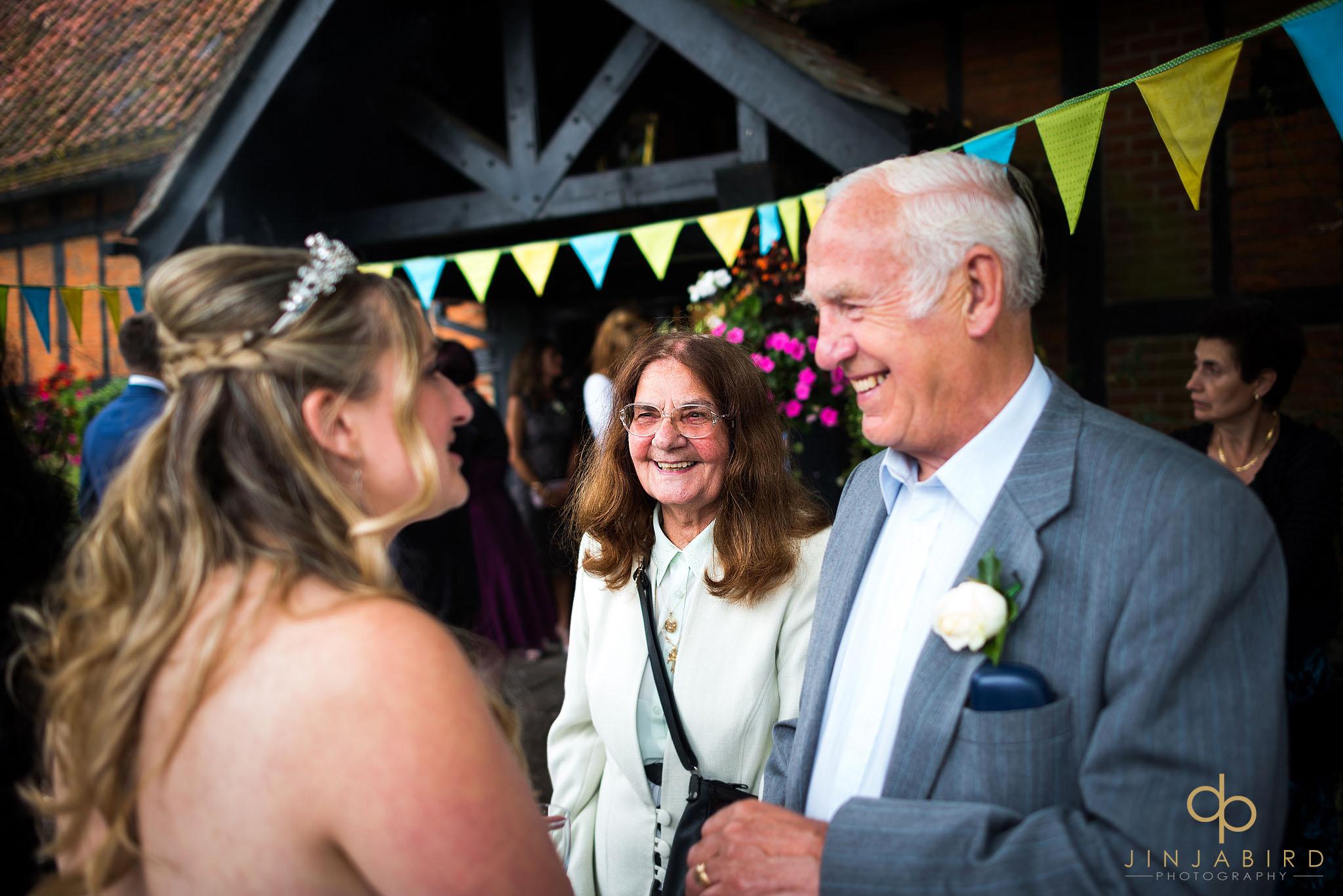 wedding-guests-with-bride