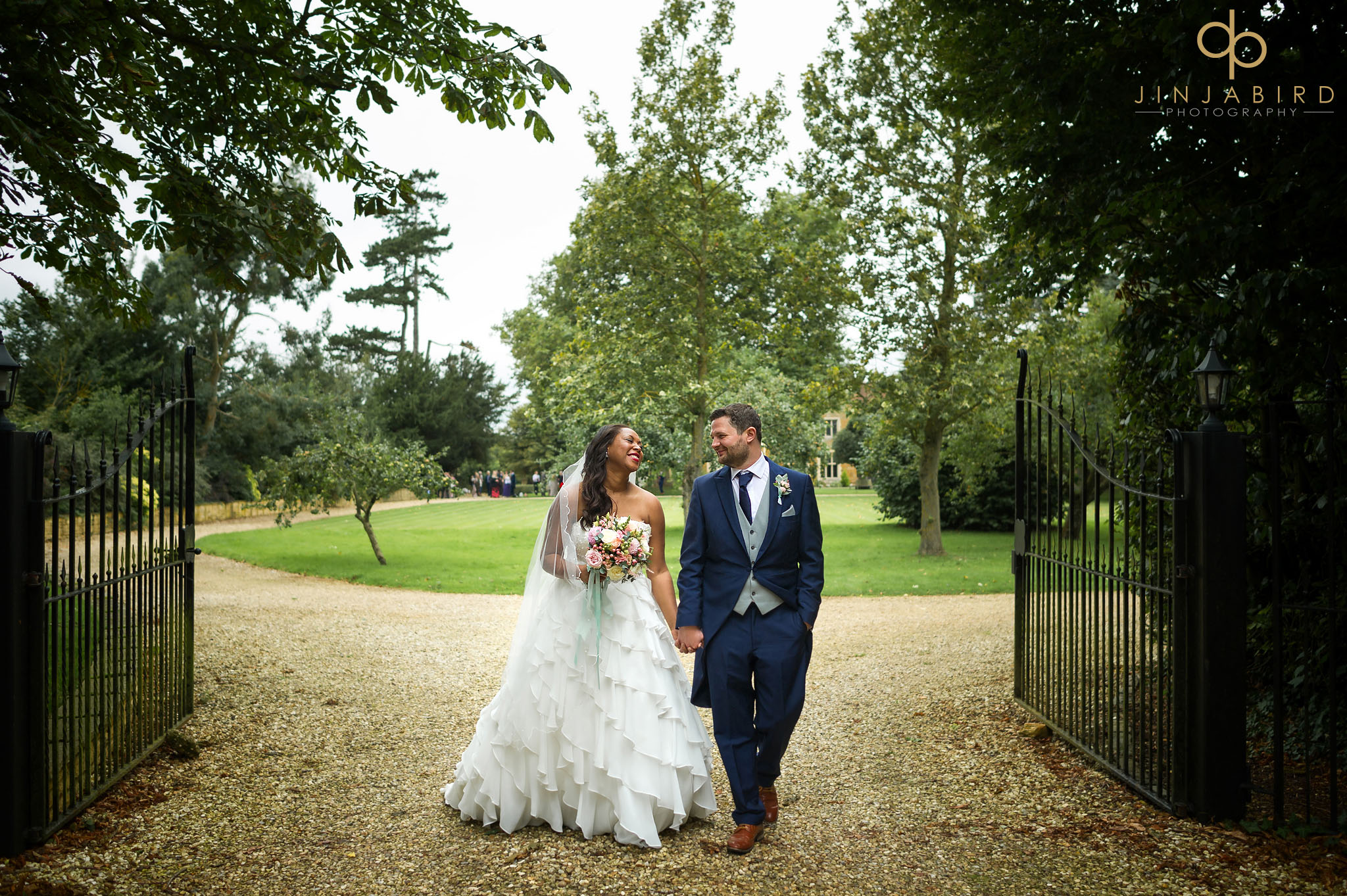 wedding-photographers-for-highgate-house