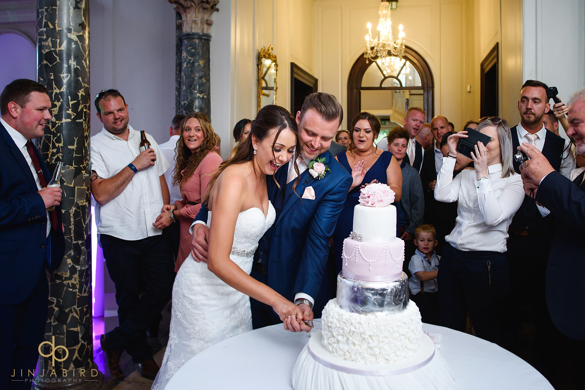 cutting wedding cake chicheley hall