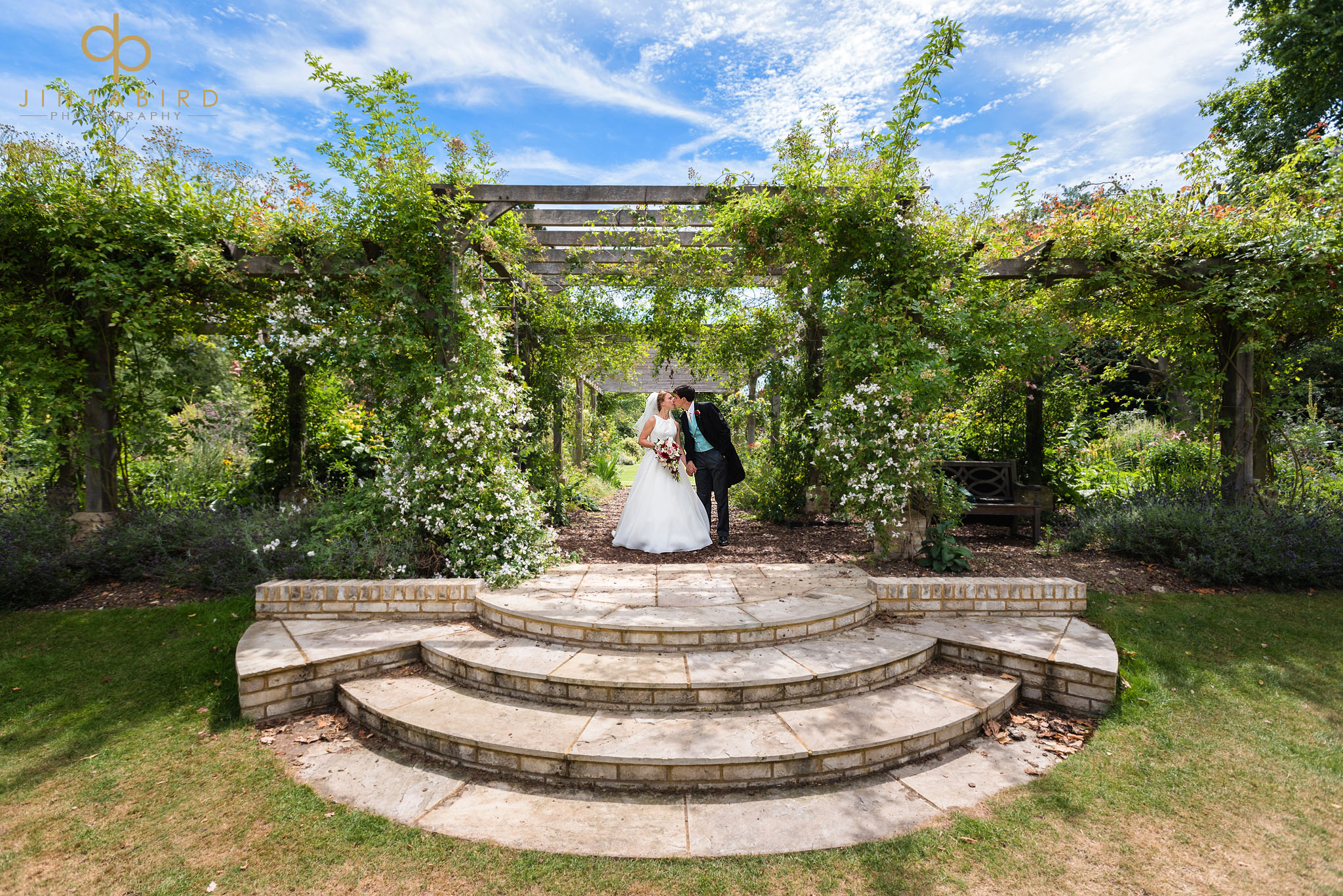 wedding photographer kings college gardens