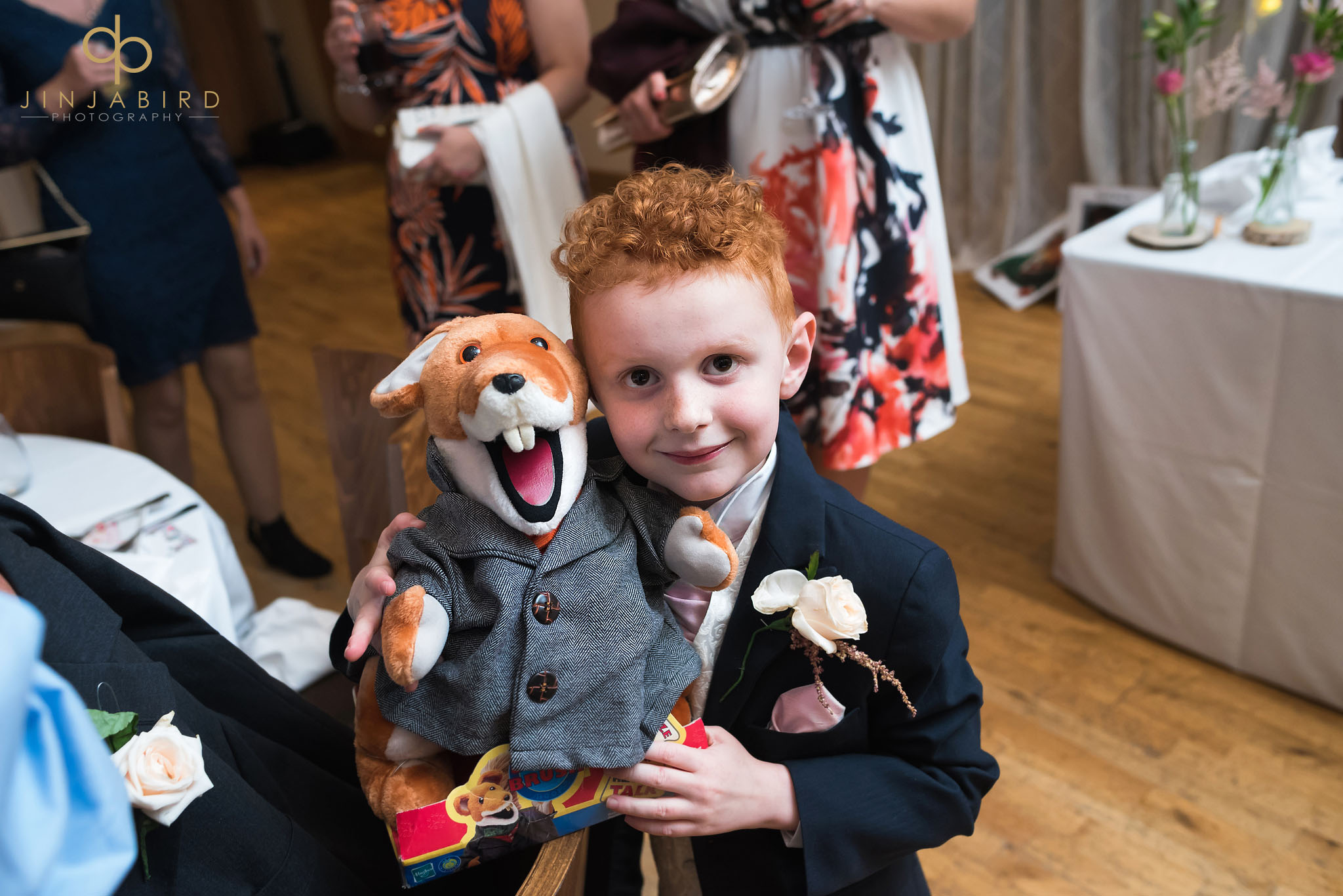 pageboy with basil brush