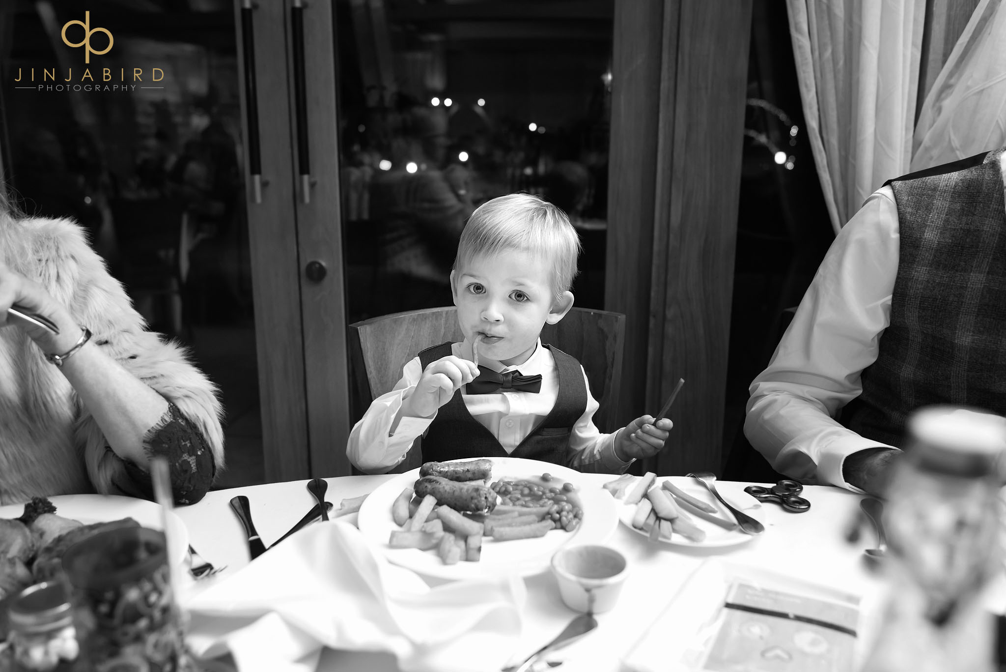pageboy eating bassmead manor barns