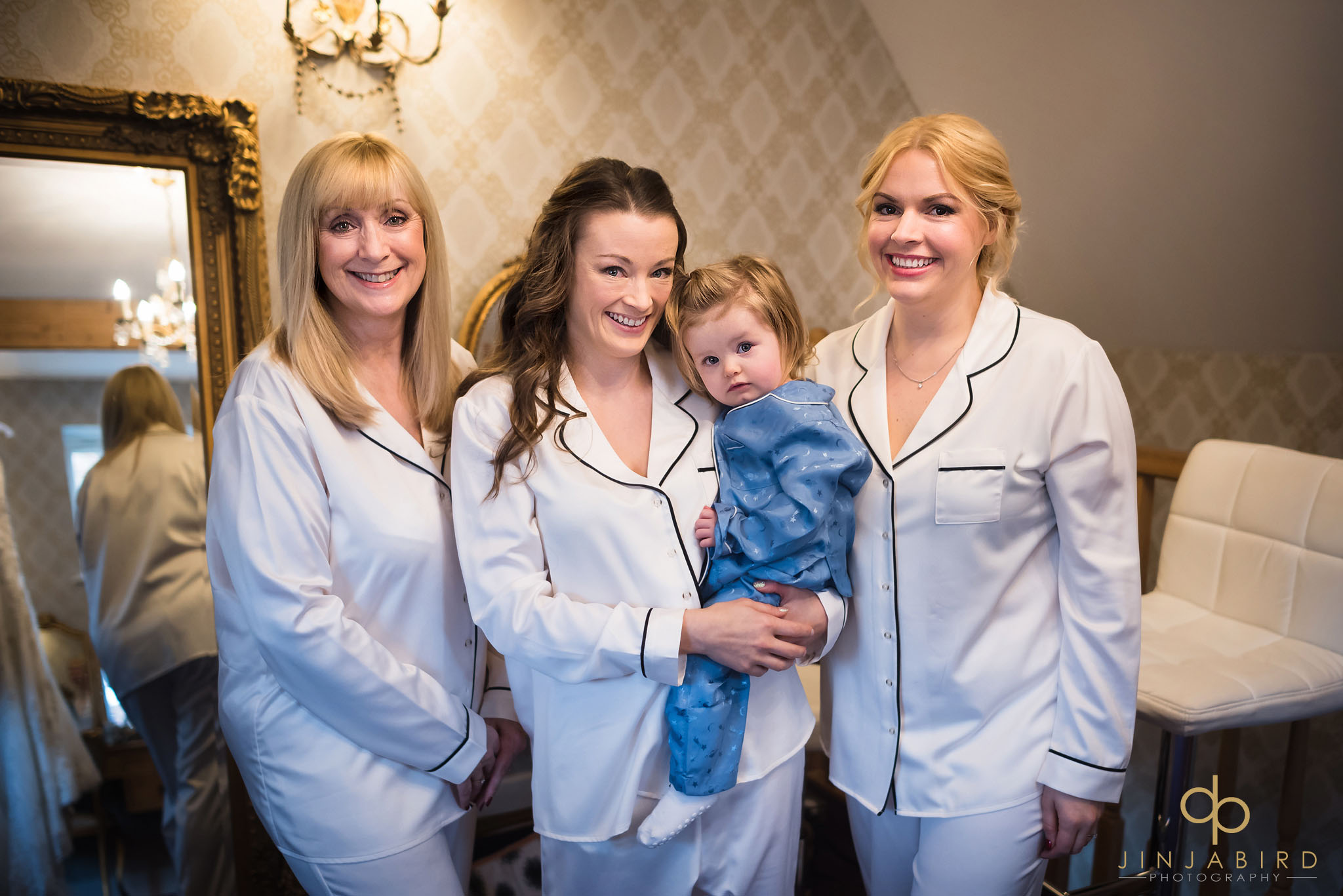 bride with sister and mum and daughter