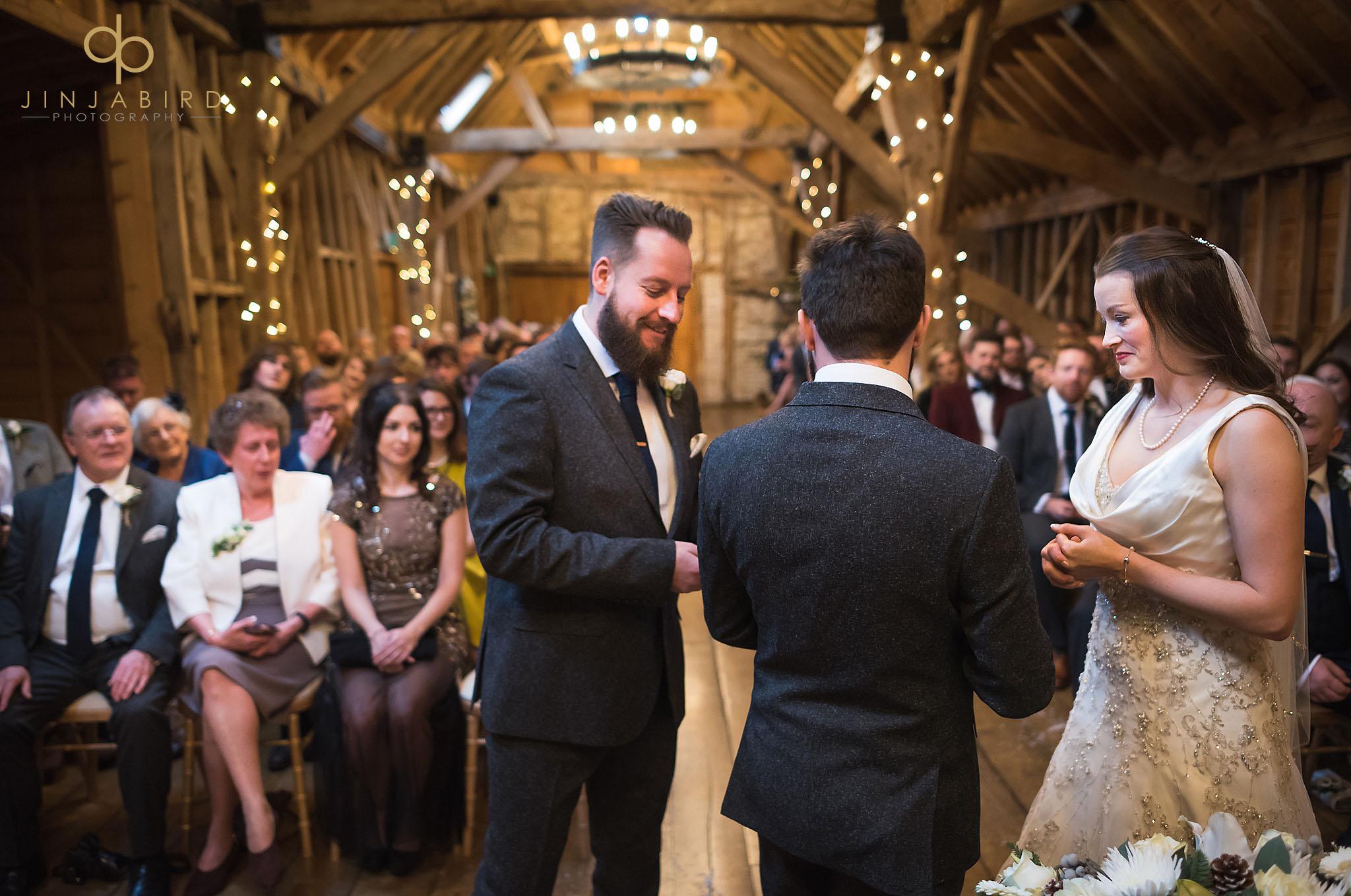 handing over wedding rings