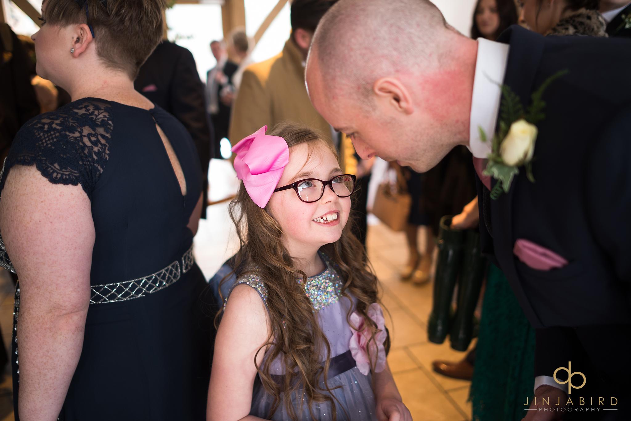 groom-talking-to-girl