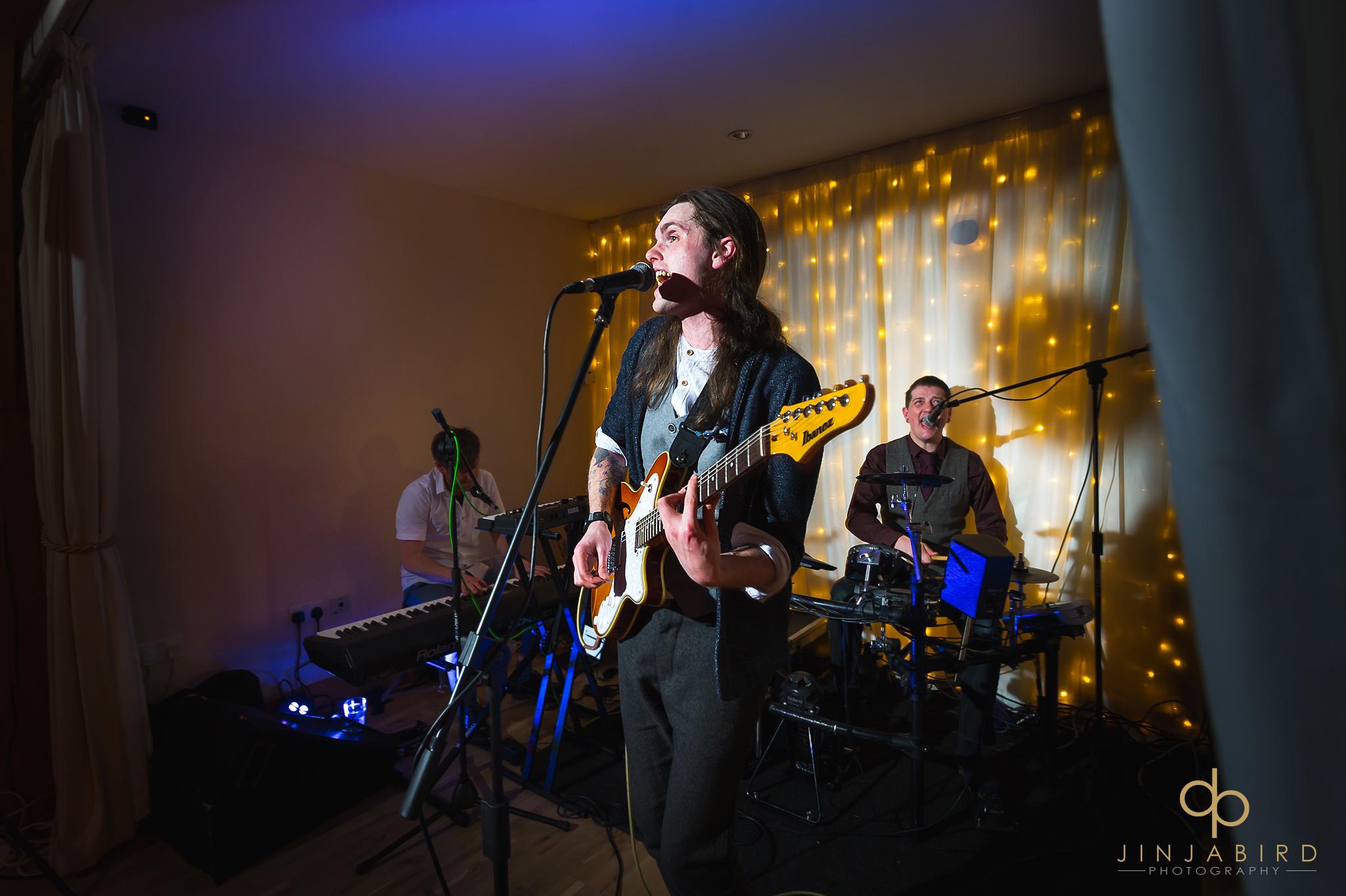 wedding-band-bassmead-manor