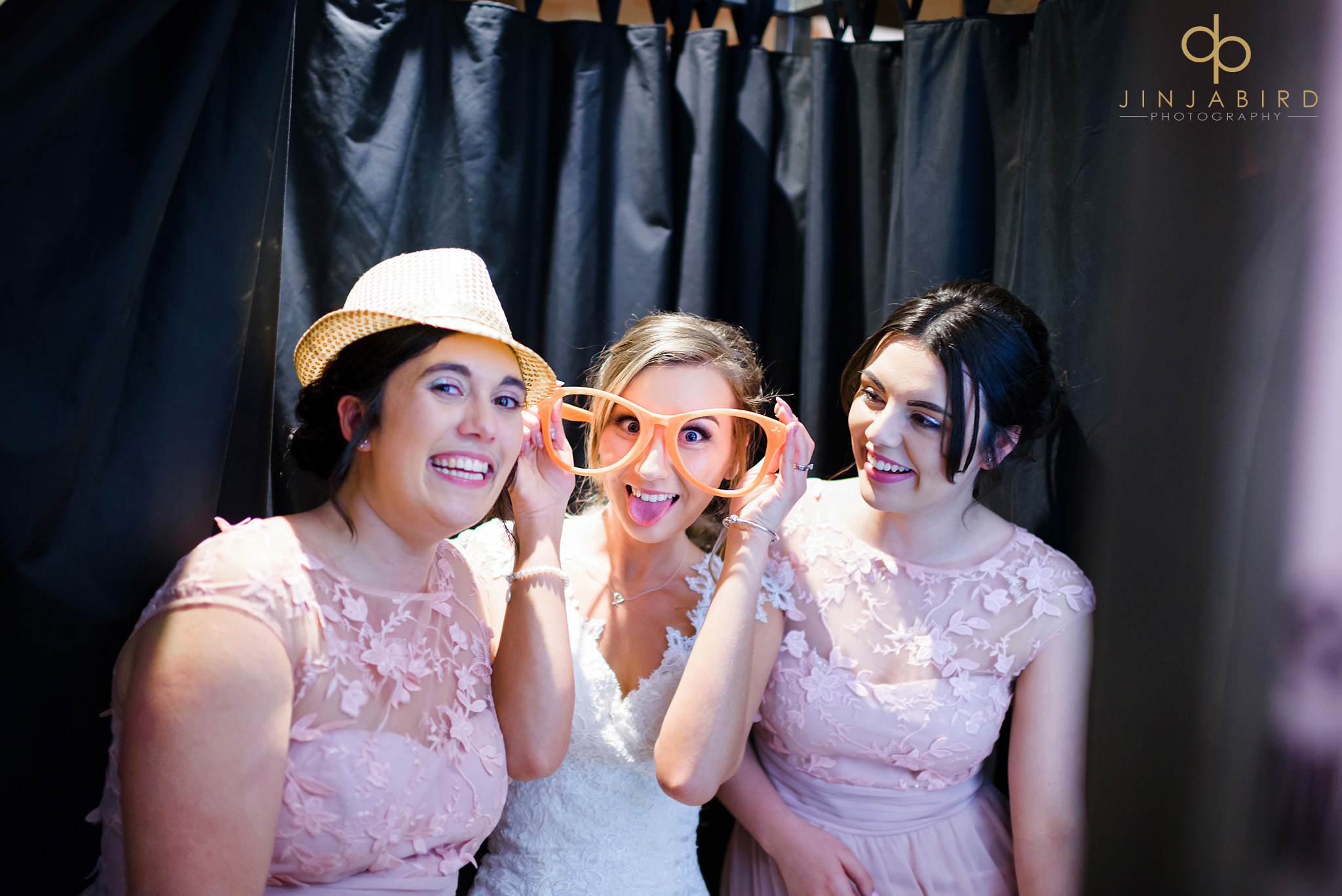 bride in photo booth bassmead manor