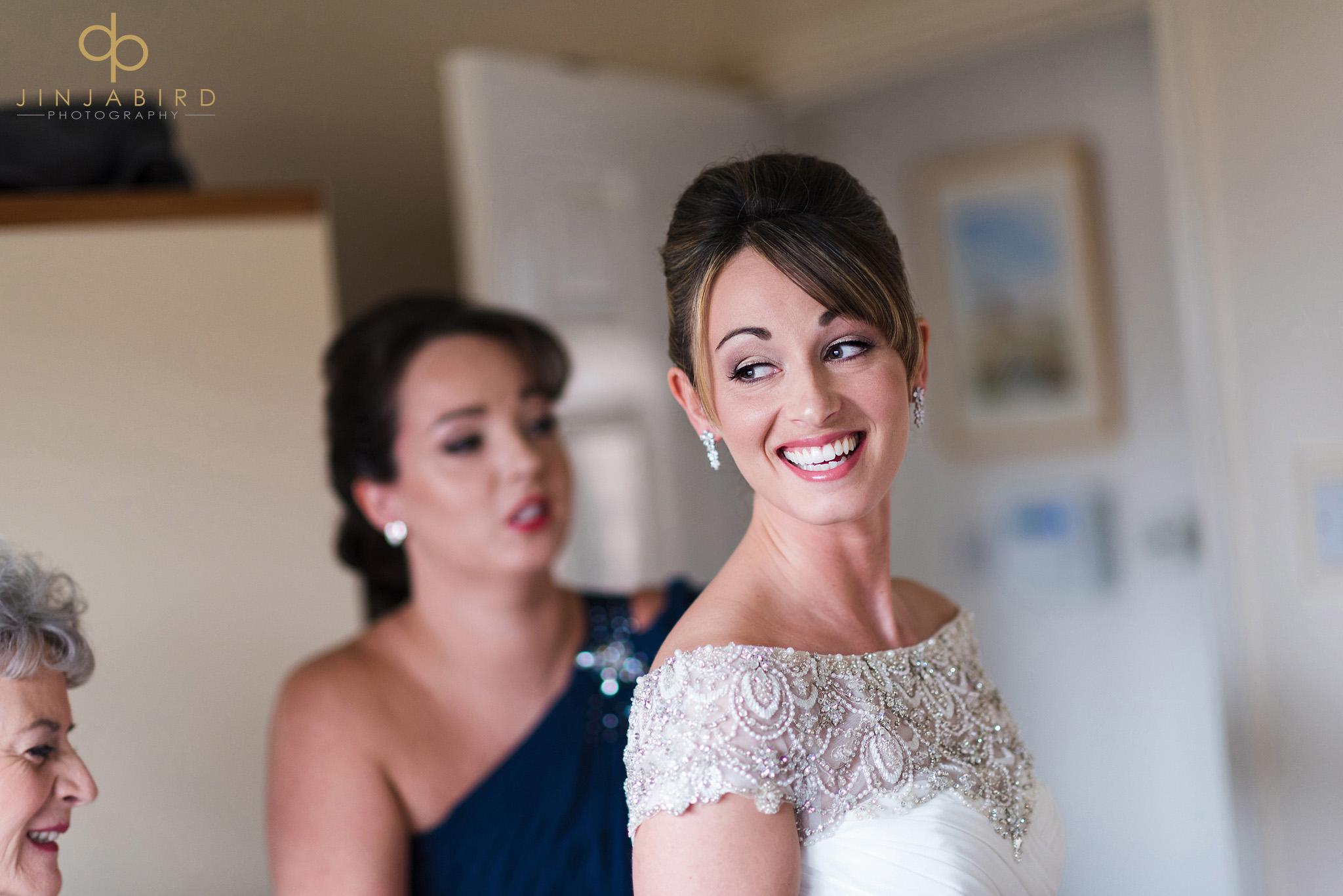 pretty bride getting ready