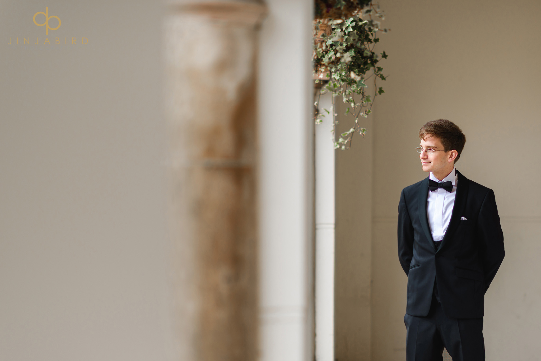 groom waiting for bride magdalene college cambridge