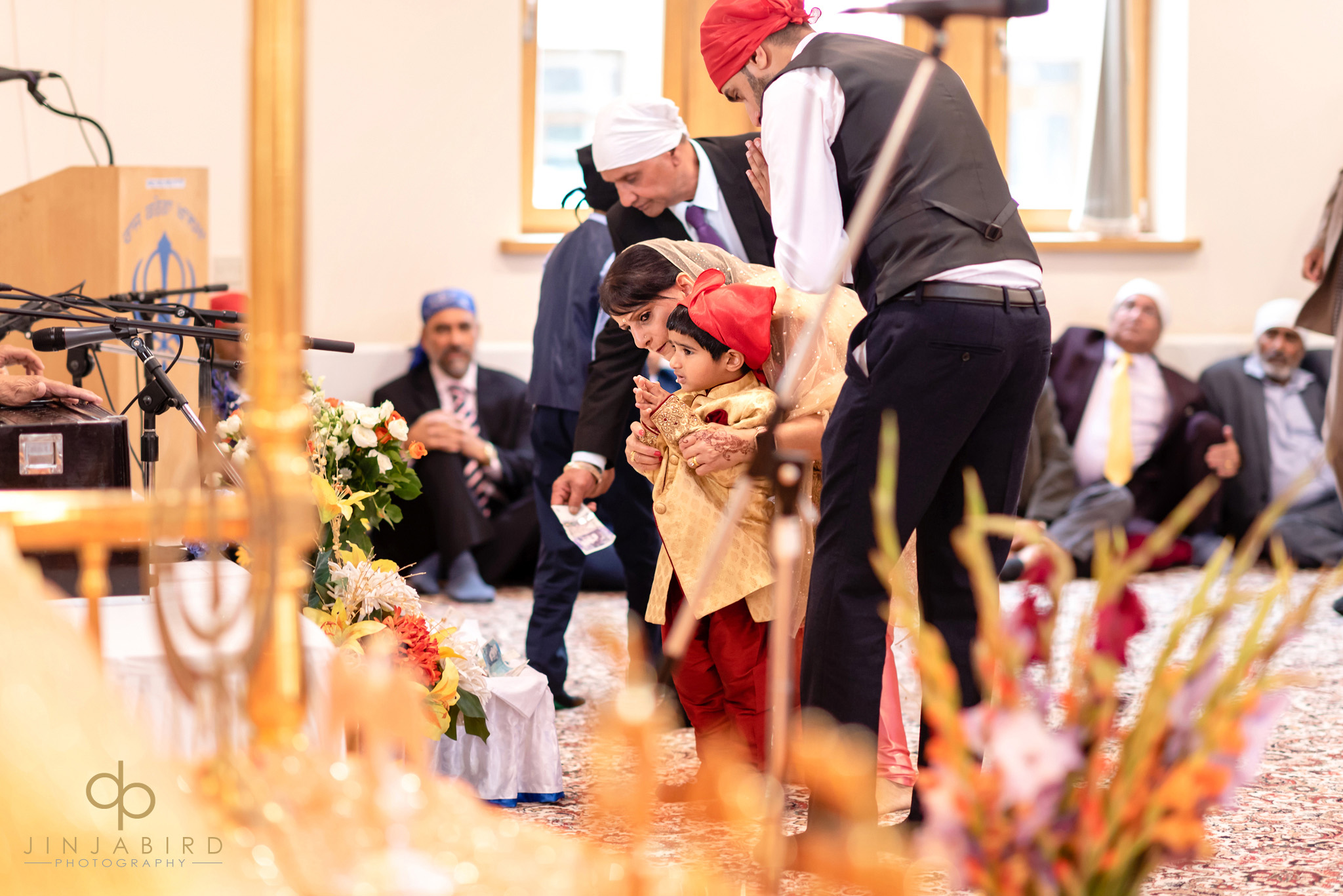 small child at wedding