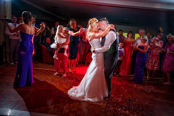 Wyboston Lakes Wedding Photography – Sarah & Rob