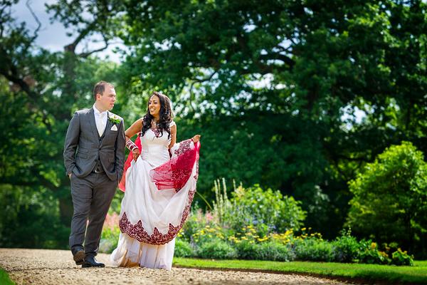 Sculpture Gallery Wedding Photography – Harsharan & Ben